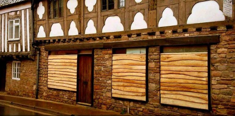 All good in the Wood- Sweet Chestnut Cladding